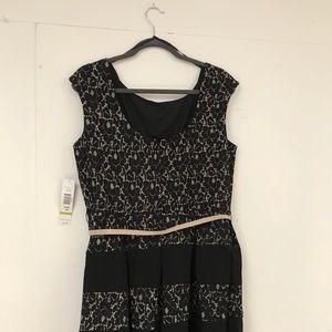 Tiana B. Dresses - Tiana B. Black & Cream Lace Dress With Belt